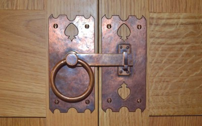 Arts-&-Crafts-latch-handle